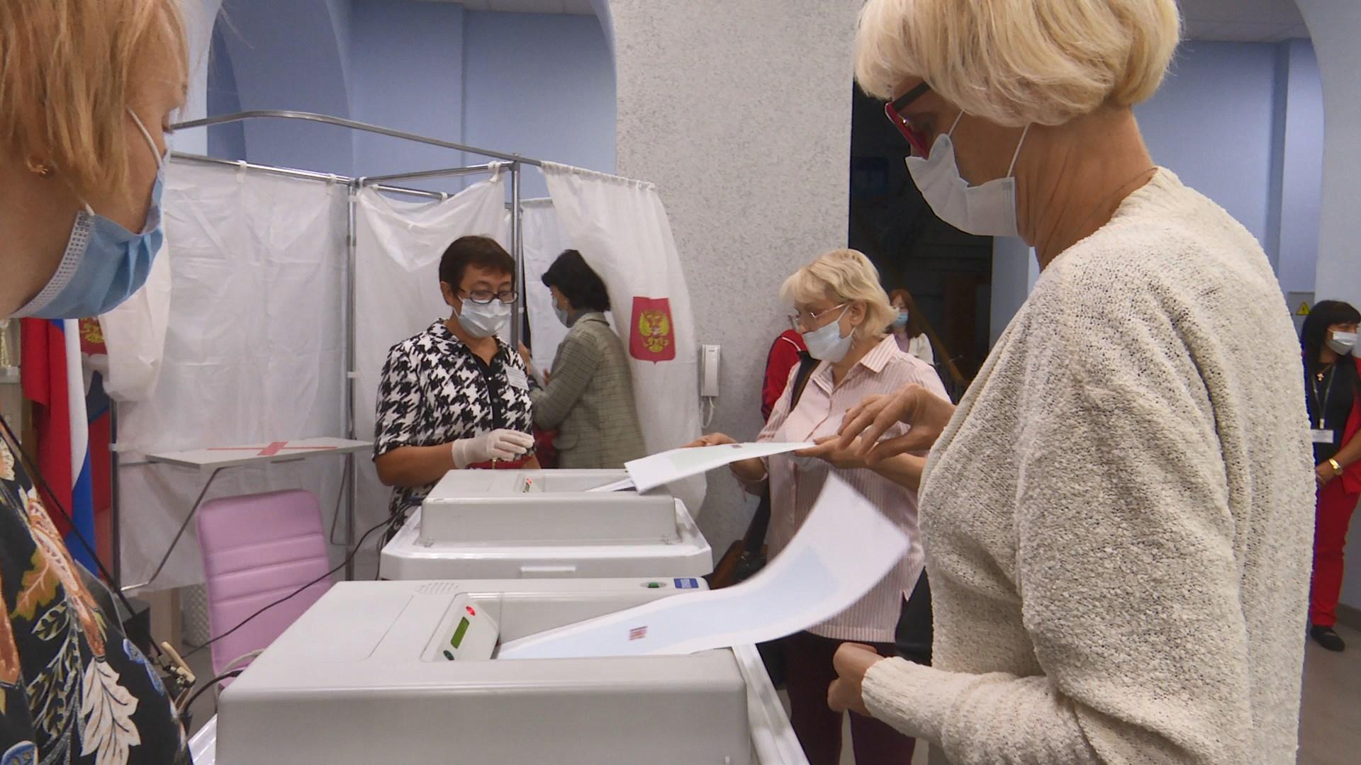 Сегодня снова открылись избирательные участки: воскресенье — основной день голосования на выборах 8-го созыва Госдумы России